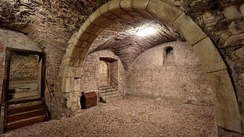 Románské podzemí