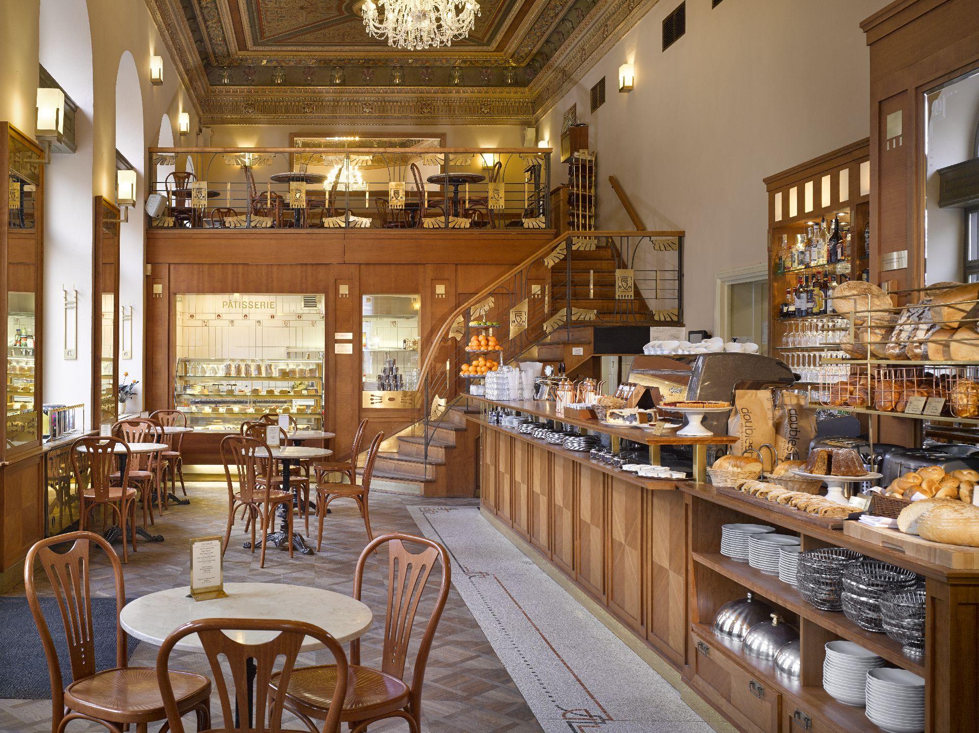 Café Savoy - Prague.eu
