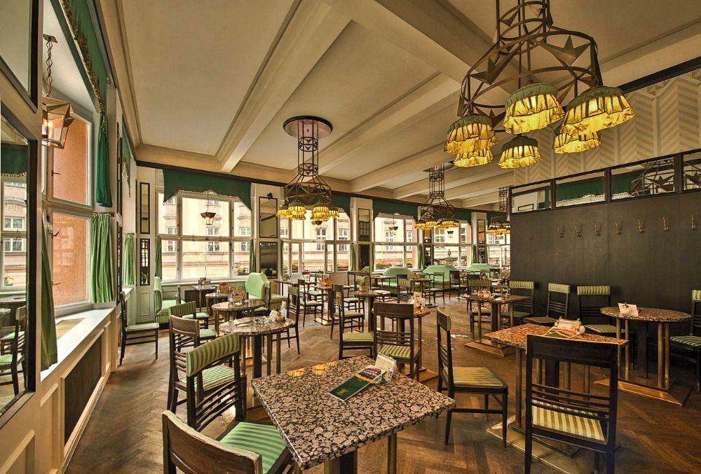 Grand Café Oriënt - Prague.eu